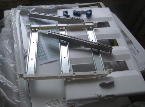 Съемная панель с дин-рейками